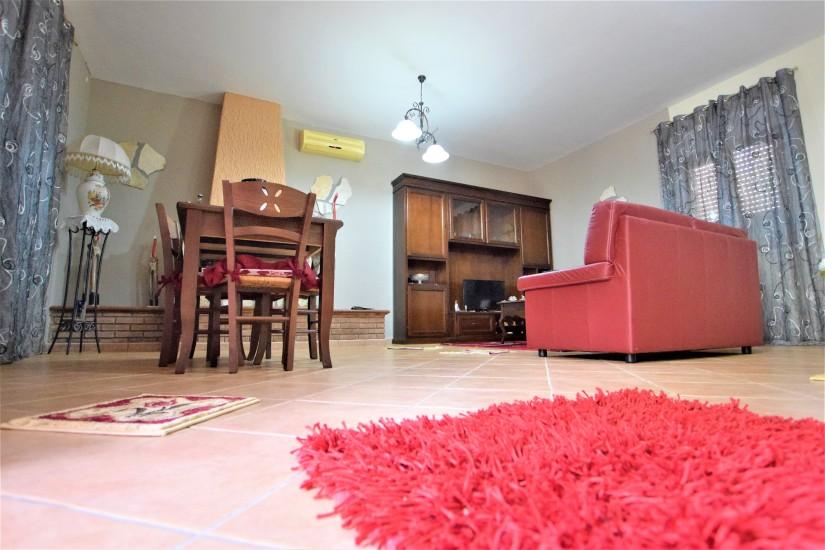 immobiliare vero affare vende villa casteltermini 1