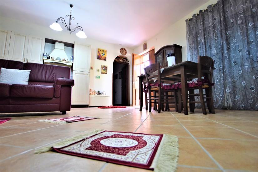 immobiliare vero affare vende villa casteltermini 6.jpg